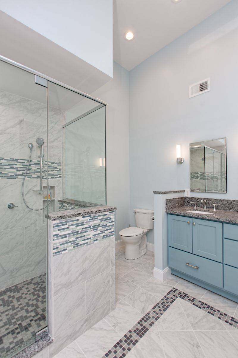 Auburn NH Portrait Bathroom Remodel